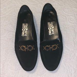 Salvatore Ferragamo Black Driving Loafer - Size 7